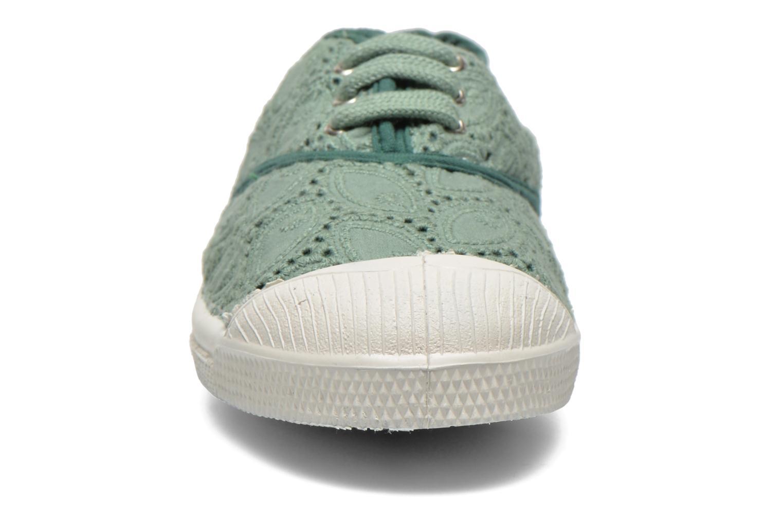 Baskets Bensimon Tennis Broderie Anglaise E Vert vue portées chaussures