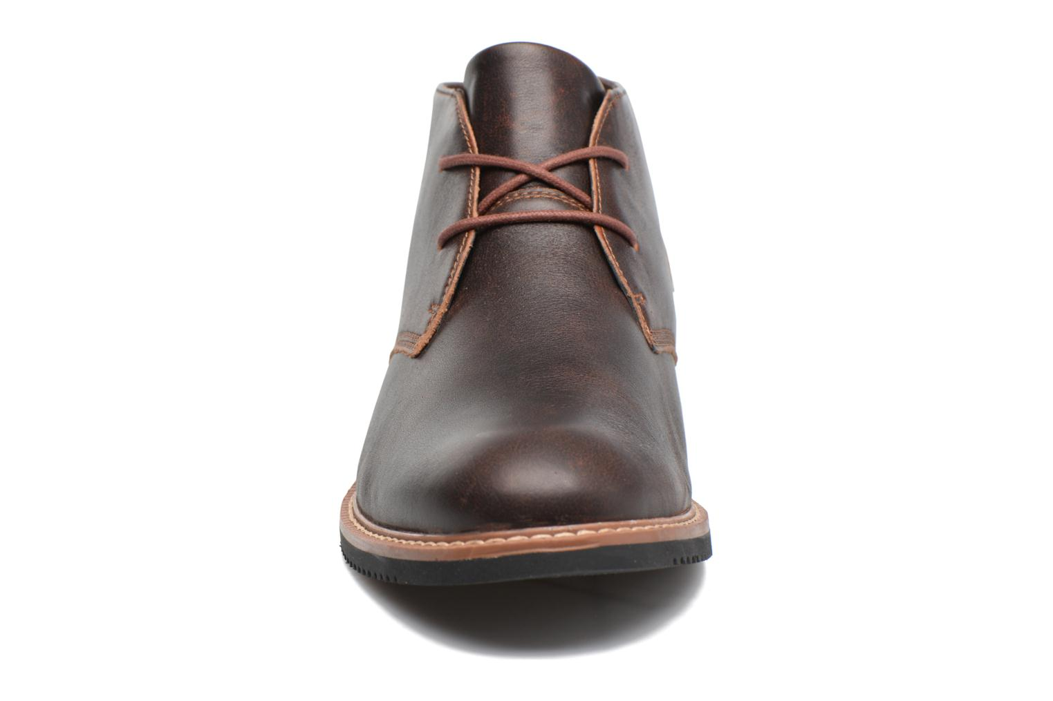 Lace-up shoes Timberland Brook Park Chukka Brown model view