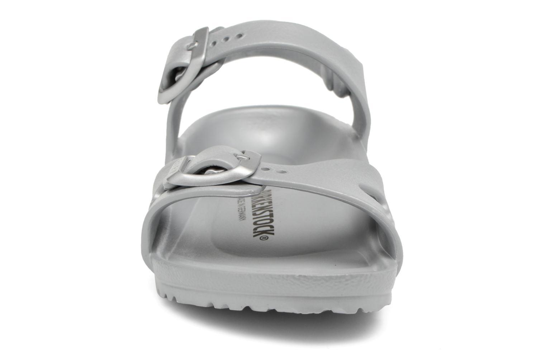 Sandalen Birkenstock Rio EVA silber schuhe getragen