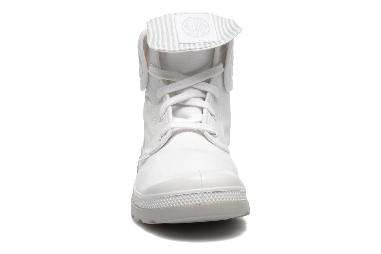 Sneakers Palladium Baggy lite kid Vit bild av skorna på