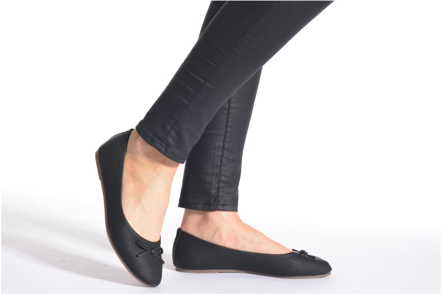 Ballet pumps I Love Shoes Suflatine Black view from underneath / model view