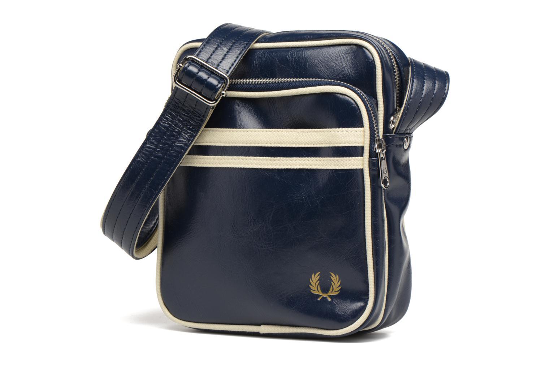 Herrentaschen Fred Perry Classic side bag blau schuhe getragen