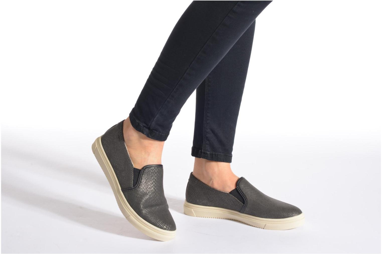 Trainers Esprit Yendis Slip on 009 Black view from underneath / model view