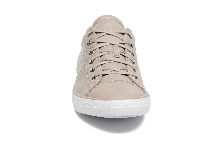Sneakers Esprit Miana Lace Up Grigio modello indossato