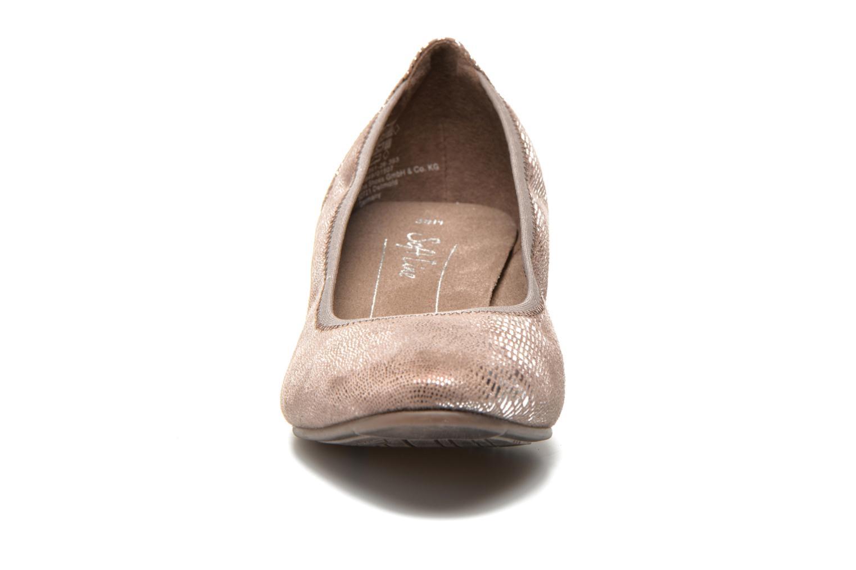 Zapatos de tacón Jana shoes Danina Beige vista del modelo