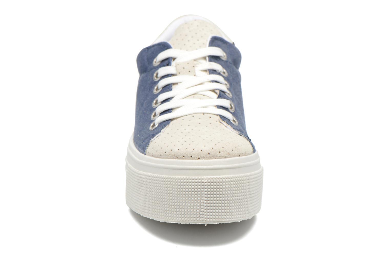 Deportivas Ippon Vintage Tokyo jeans Azul vista del modelo