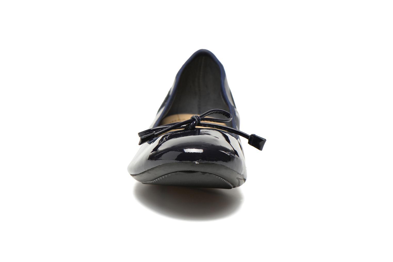 Ballerines Georgia Rose Sagga Bleu vue portées chaussures