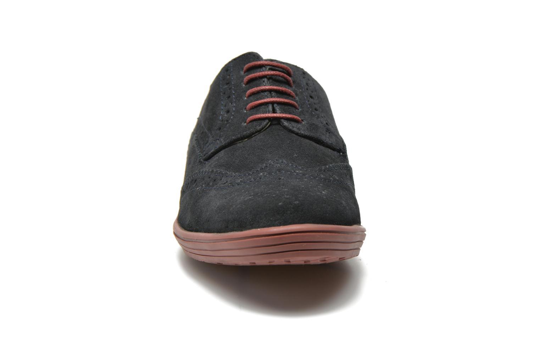 Scarpe con lacci Base London Gig Perform Azzurro modello indossato