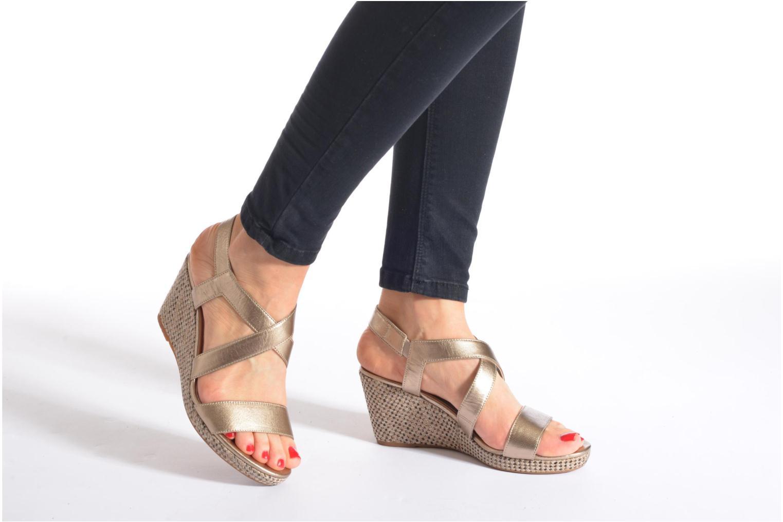 Sandales et nu-pieds JB MARTIN Quetza Or et bronze vue bas / vue portée sac
