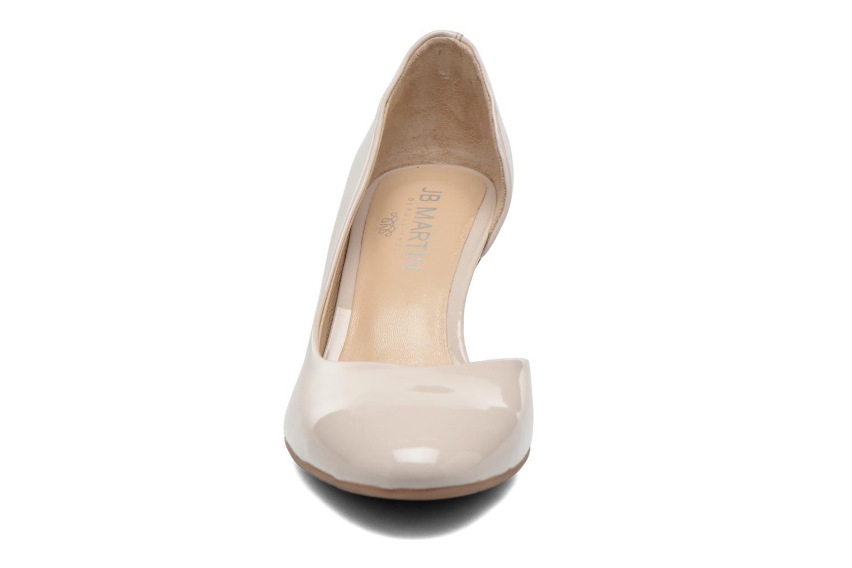 Zapatos de tacón JB MARTIN 3Gabaret Beige vista del modelo