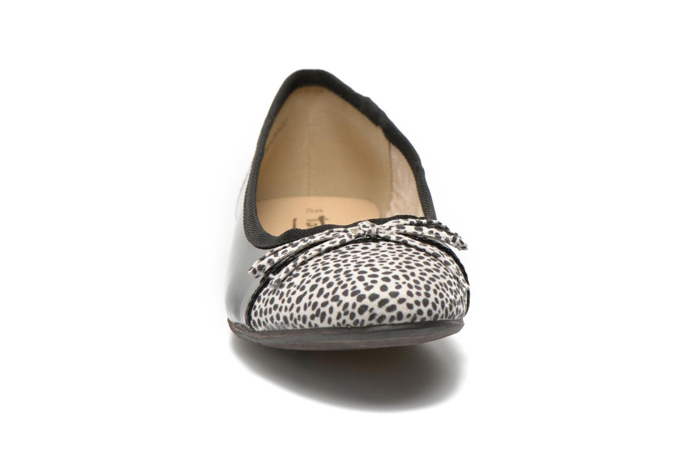 Ballerines Tamaris Lunama Noir vue portées chaussures