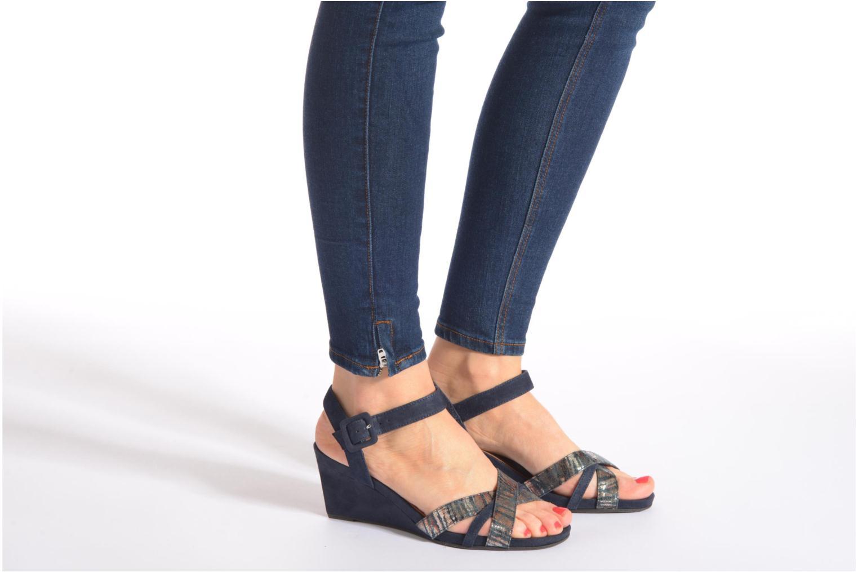 Sandales et nu-pieds Tamaris Covuja Beige vue bas / vue portée sac