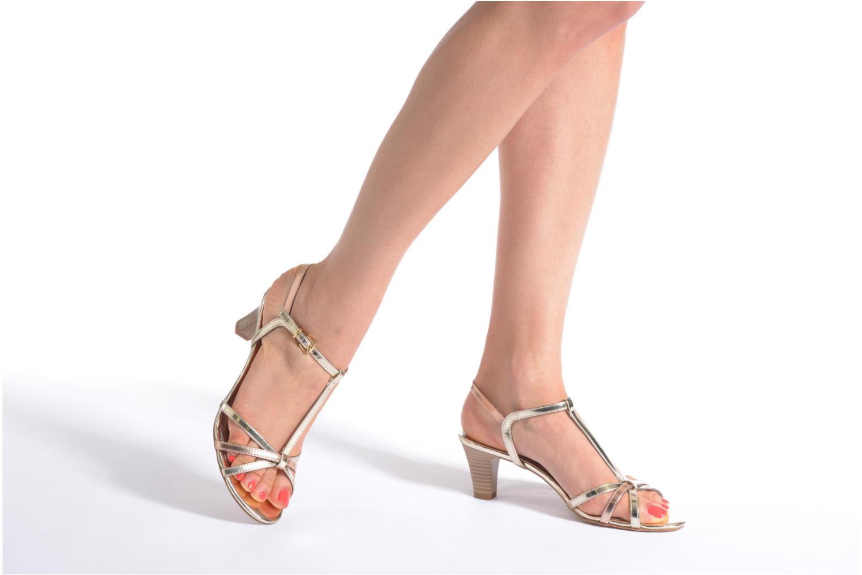 Sandales et nu-pieds Tamaris Zerofa Noir vue bas / vue portée sac