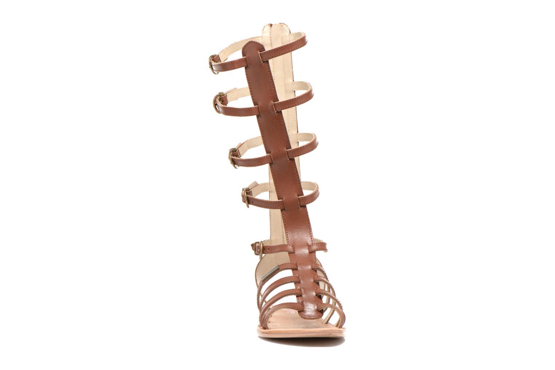 Sandales et nu-pieds Les Tropéziennes par M Belarbi Nay Marron vue portées chaussures