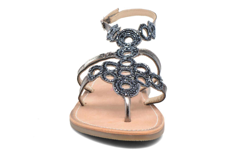 Sandali e scarpe aperte Les Tropéziennes par M Belarbi Ofelie Grigio modello indossato