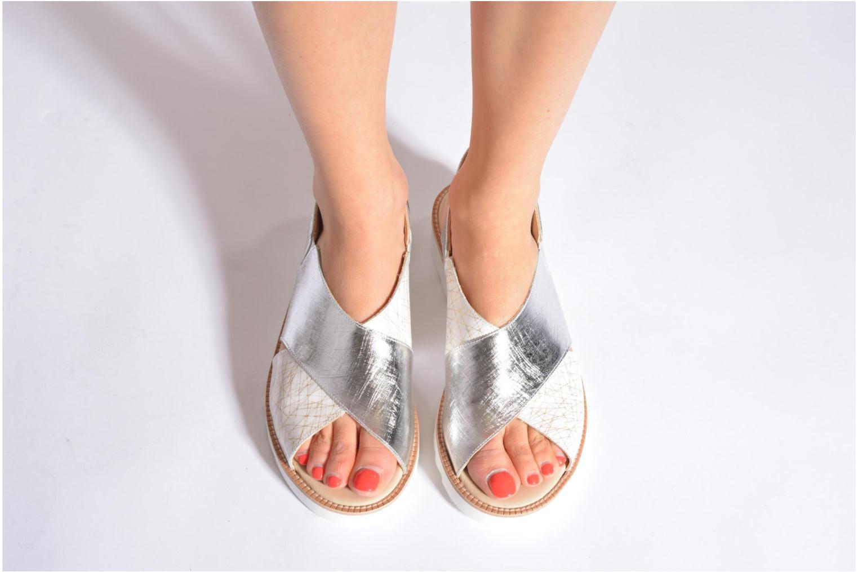 Sandales et nu-pieds MAURICE manufacture Suzan Bleu vue bas / vue portée sac