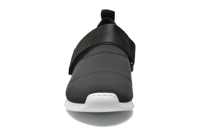 Baskets Vagabond Shoemakers Kasai 4125-039 Noir vue portées chaussures