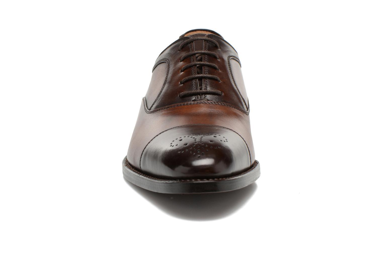 Chaussures à lacets Marvin&Co Luxe Welson Marron vue portées chaussures