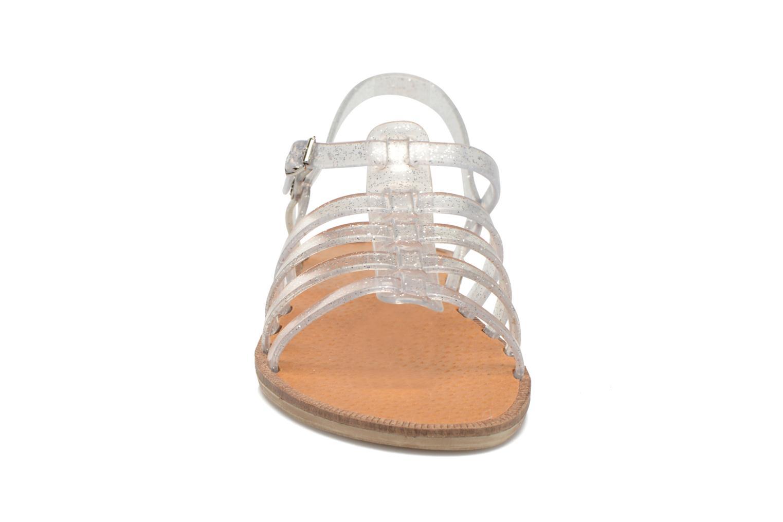 Sandalen Méduse Bora silber schuhe getragen