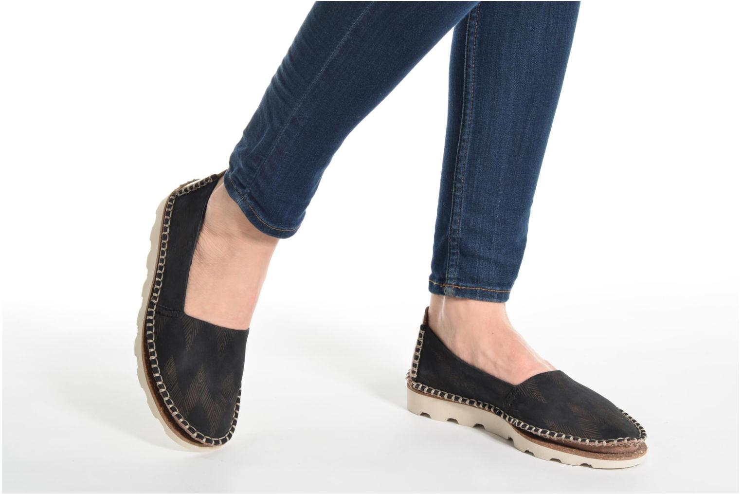 Espadrilles Clarks Damara Chic Silver view from underneath / model view