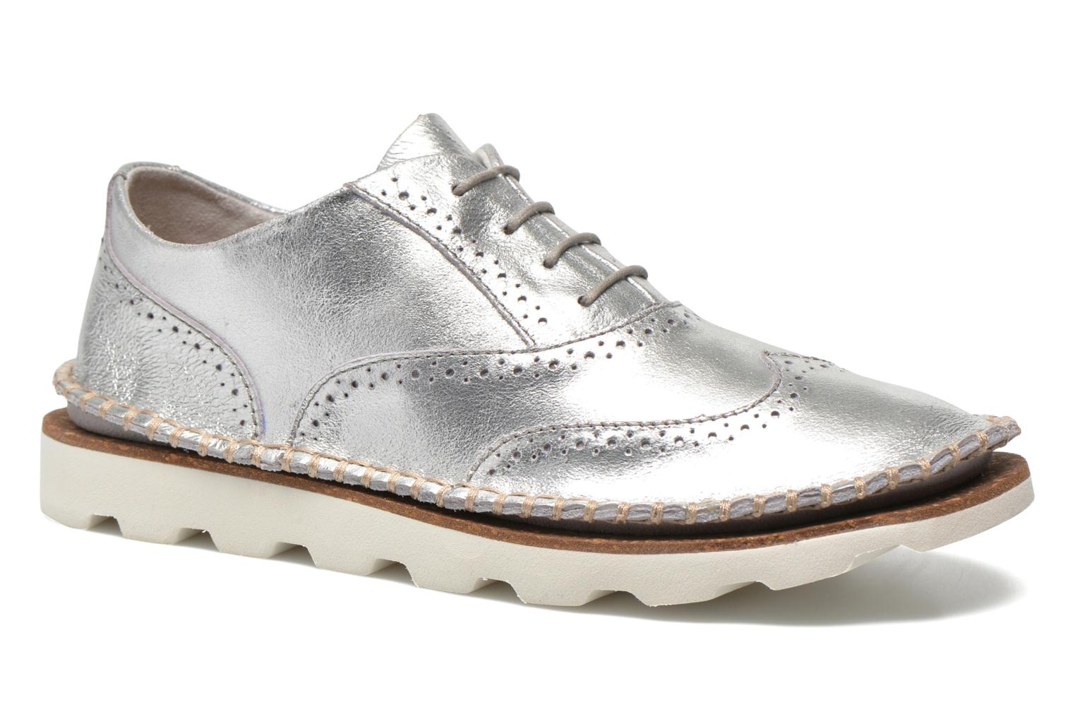 Clarks Damara Rose Lace-up Shoes Color: Silver