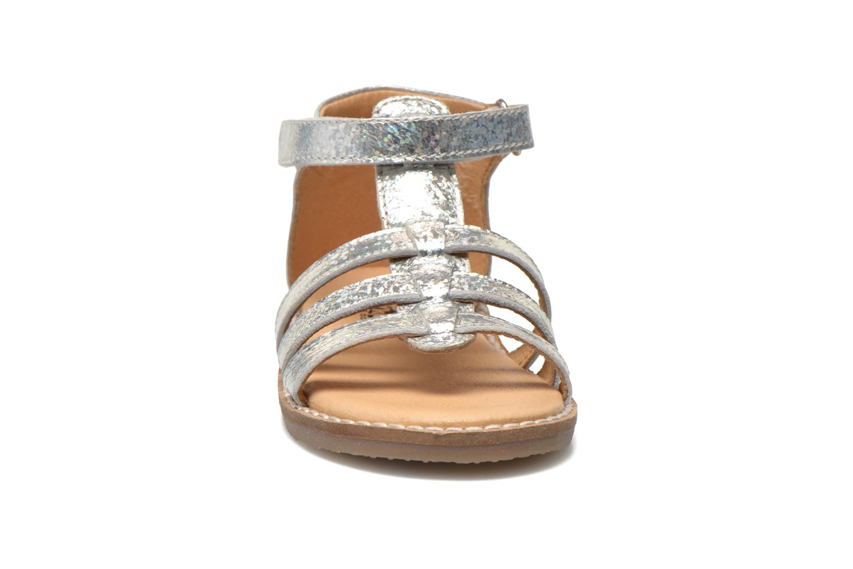 Sandales et nu-pieds Bopy Hapela kouki Argent vue portées chaussures