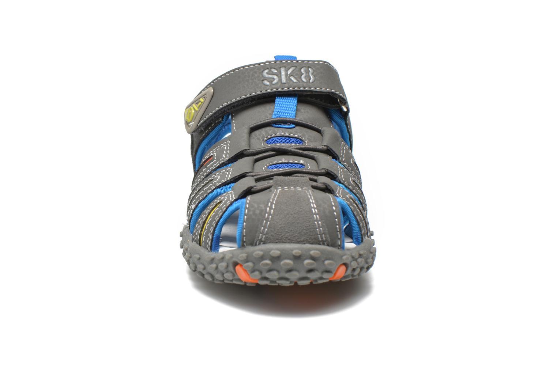 Sandales et nu-pieds Bopy Tiporal Gris vue portées chaussures