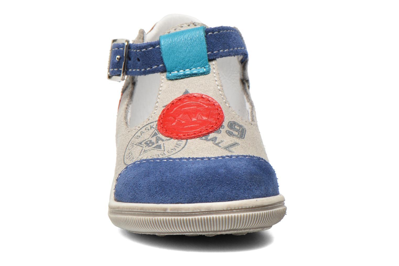 Bottines d'été Bopy Zurazi Gris vue portées chaussures