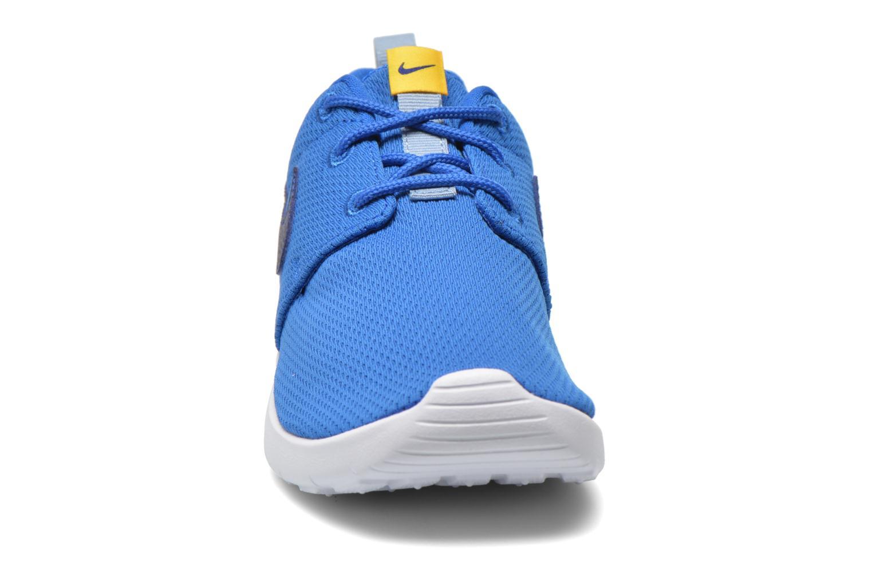 Baskets Nike Roshe One (Ps) Bleu vue portées chaussures