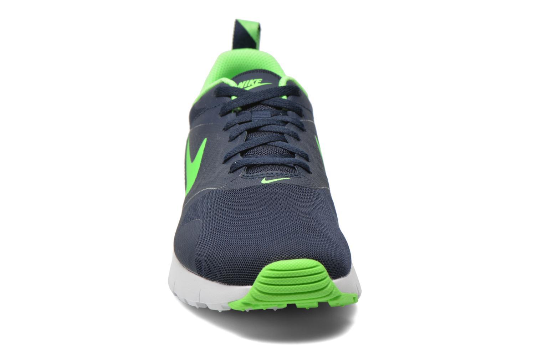 Baskets Nike Air Max Tavas (Gs) Bleu vue portées chaussures