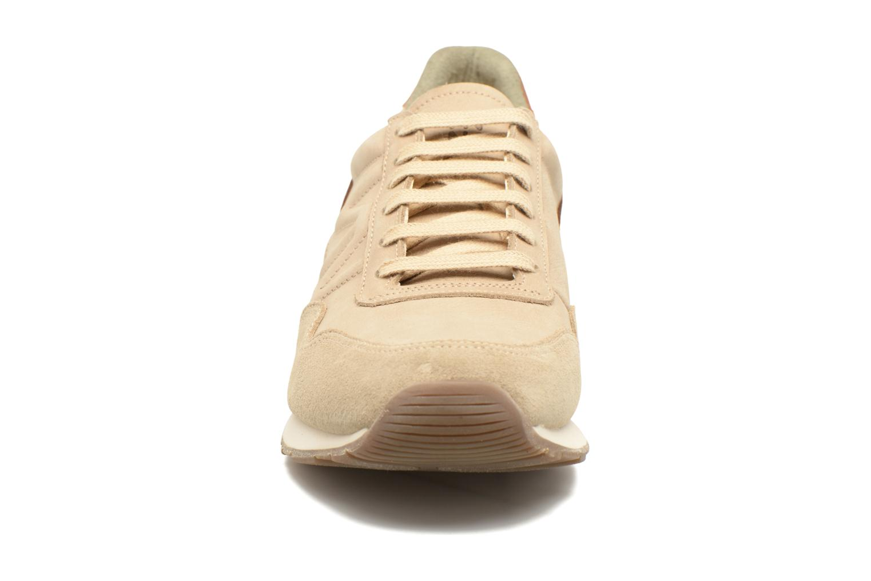 Sneaker El Naturalista Walky ND90 beige schuhe getragen
