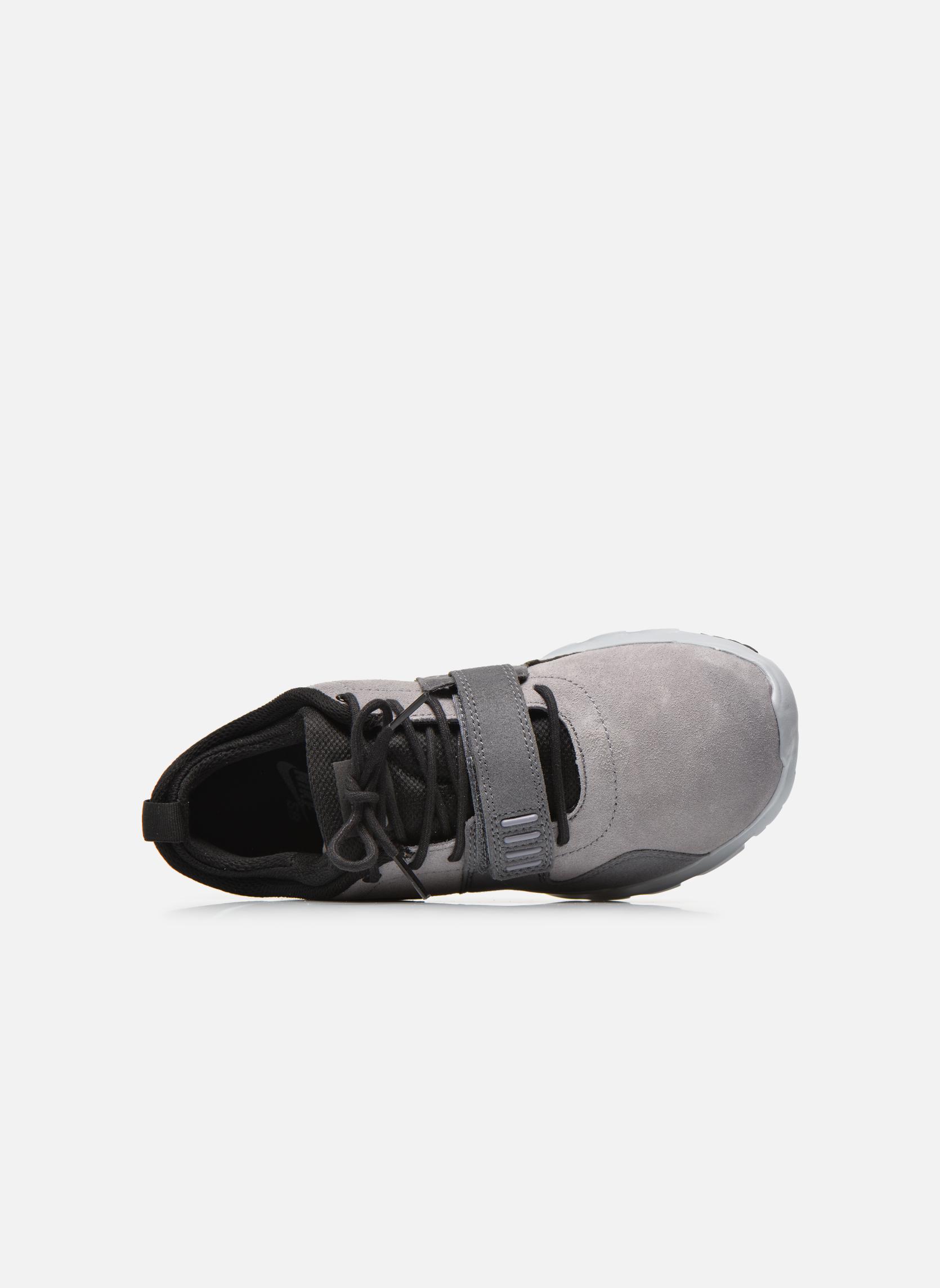 Sportschuhe Nike Trainerendor L grau ansicht von links