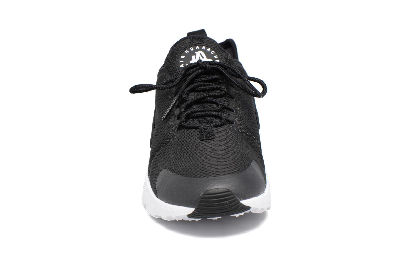 Baskets Nike W Air Huarache Run Ultra Noir vue portées chaussures