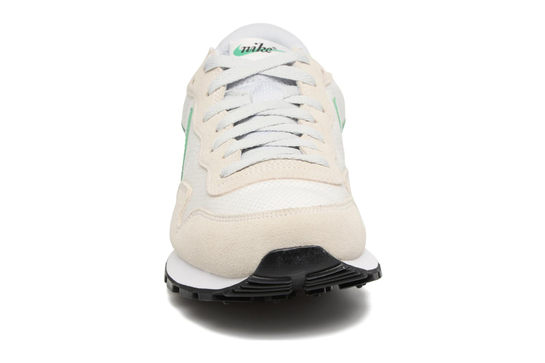 Sneaker Nike Nike Air Pegasus 83 weiß schuhe getragen
