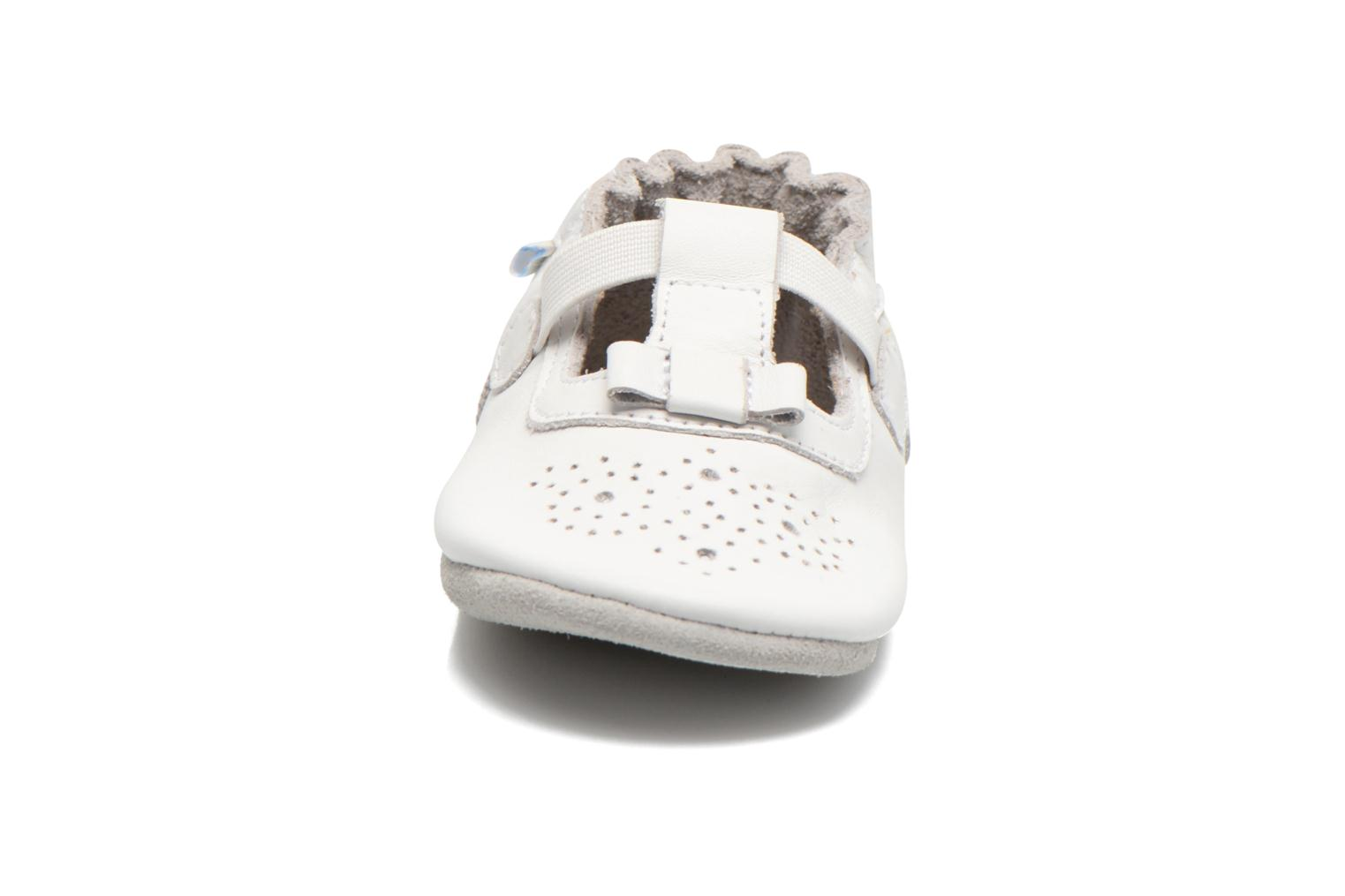 Chaussons Robeez Pretty Girl Blanc vue portées chaussures