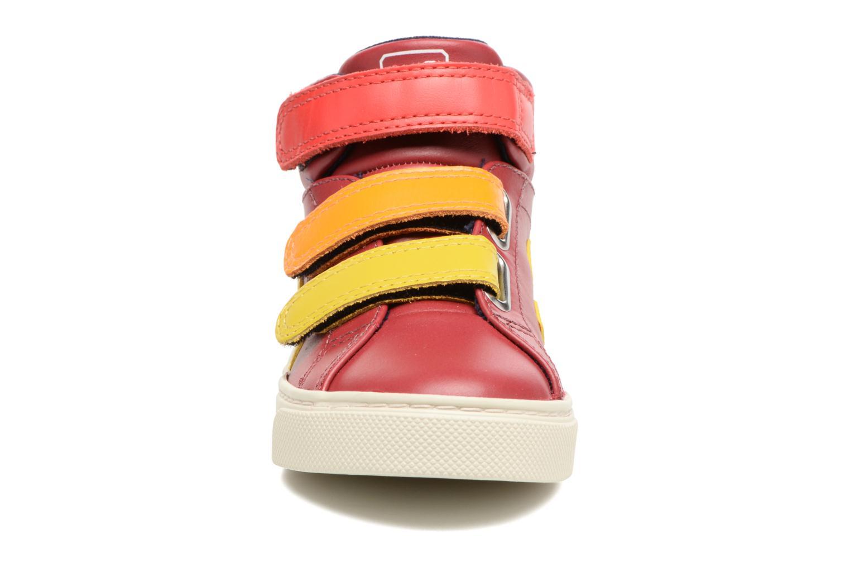 Baskets Veja Esplar Mid Small Velcro Rouge vue portées chaussures