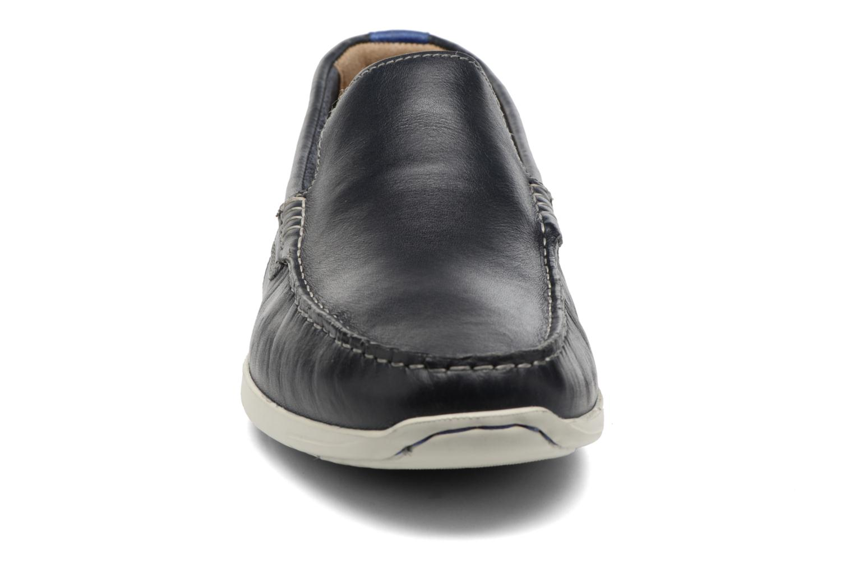 Mocassins Clarks Karlock Lane Bleu vue portées chaussures