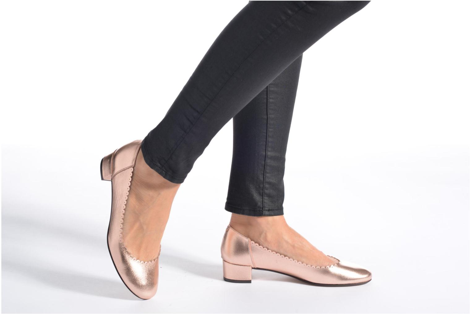 Ballet pumps Georgia Rose Sabby Beige view from underneath / model view