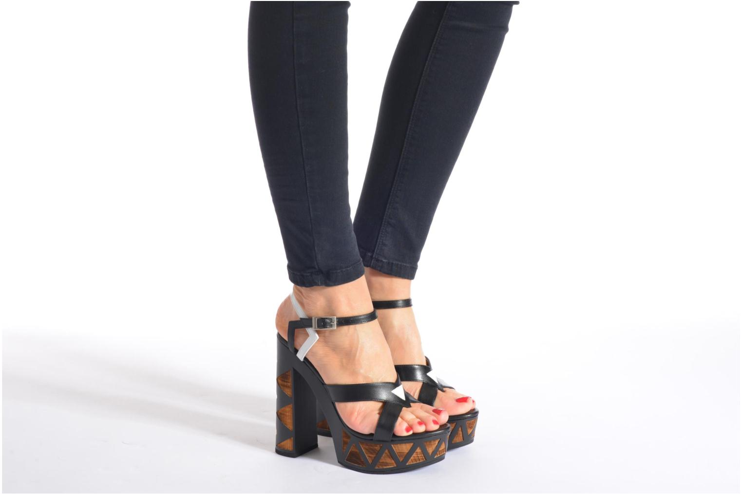Sandals Free Lance Facett 9 Cross Ankle Kimberley Black view from underneath / model view