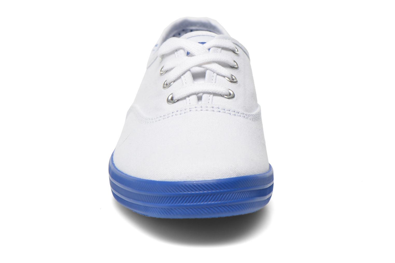 Sneaker Keds Champion CVO W weiß schuhe getragen