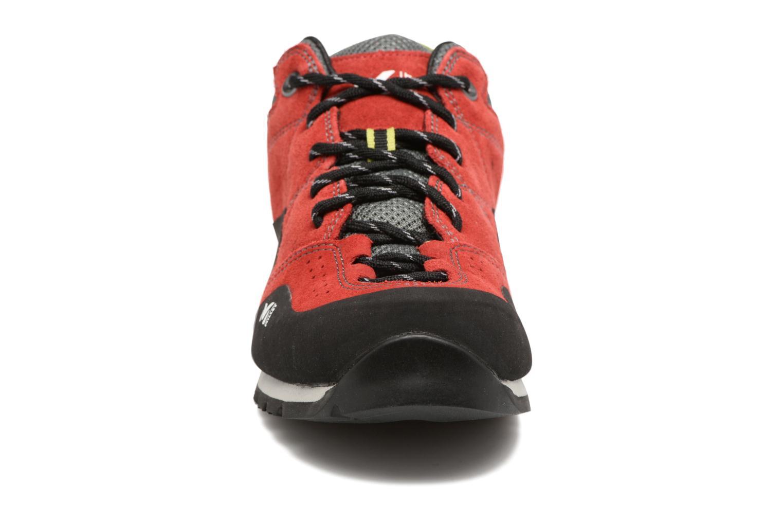 Zapatillas de deporte Millet Rockway Rojo vista del modelo