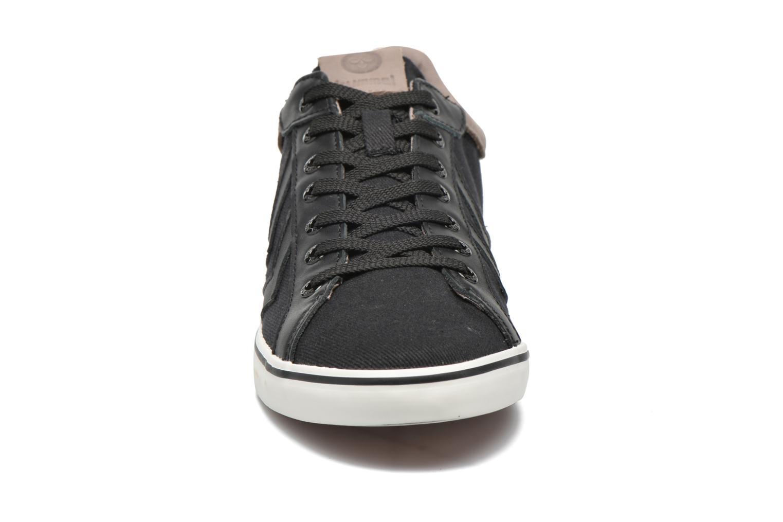 Baskets Hummel Deuce Court Premium Noir vue portées chaussures
