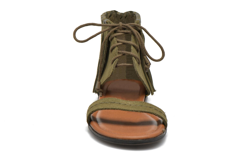 Sandales et nu-pieds Minnetonka Havana Vert vue portées chaussures
