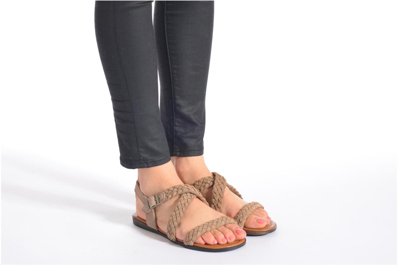 Sandalen Minnetonka Santorini beige ansicht von unten / tasche getragen