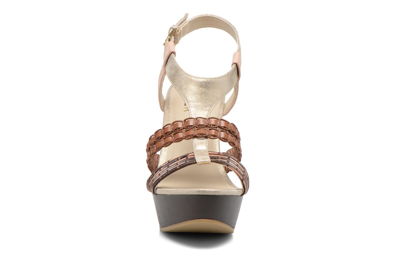 Sandales et nu-pieds Bullboxer Solario Multicolore vue portées chaussures