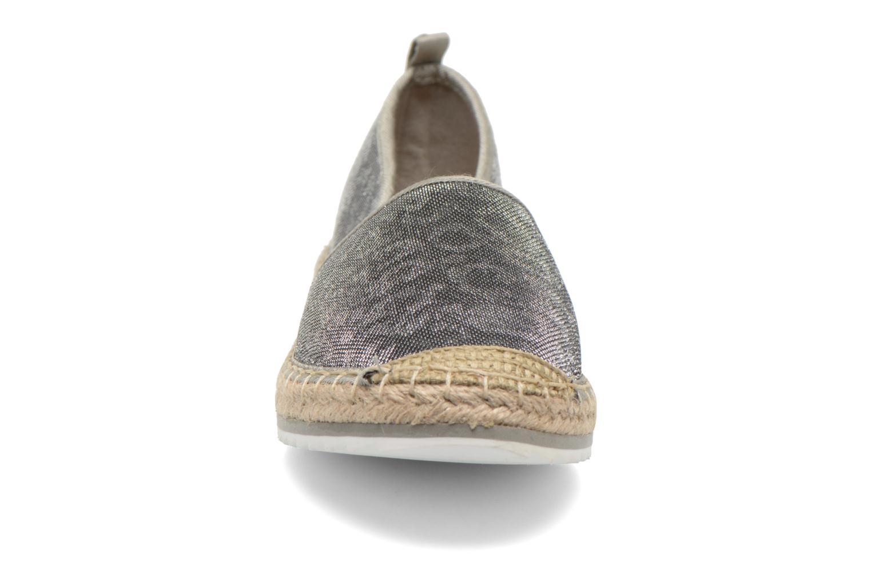 Espadrilles Bullboxer Fedumi silber schuhe getragen