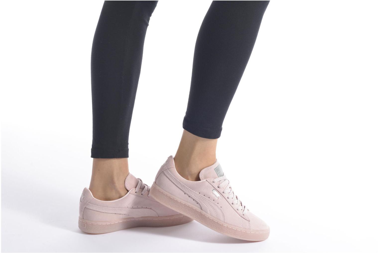 Sneaker Puma WNS Suede Mono Ref rosa ansicht von unten / tasche getragen