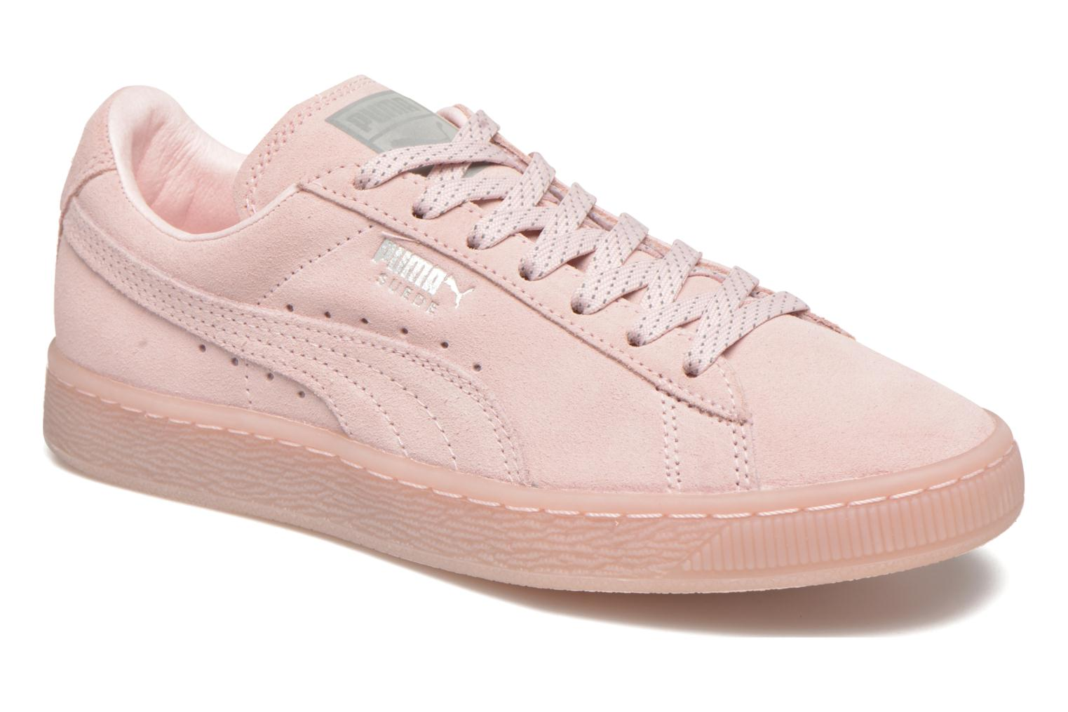 Trainers Puma WNS Suede Mono Ref Pink detailed view/ Pair view