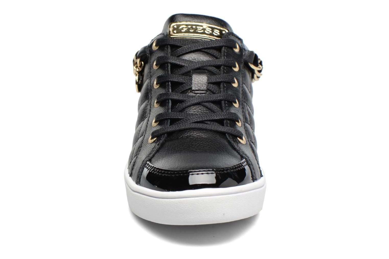 Sneaker Guess Glinna schwarz schuhe getragen