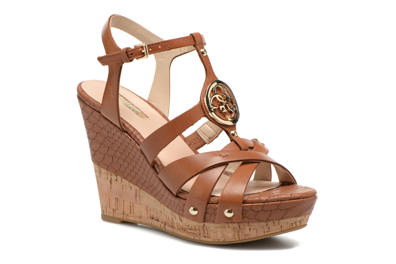 Sandales et nu-pieds Guess Okie Marron vue détail/paire